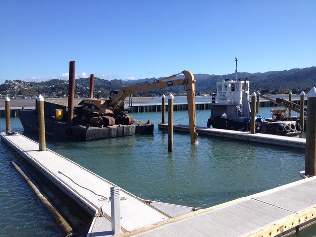 Tug & Barge Services