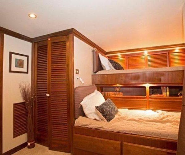 workboat bunk cabin